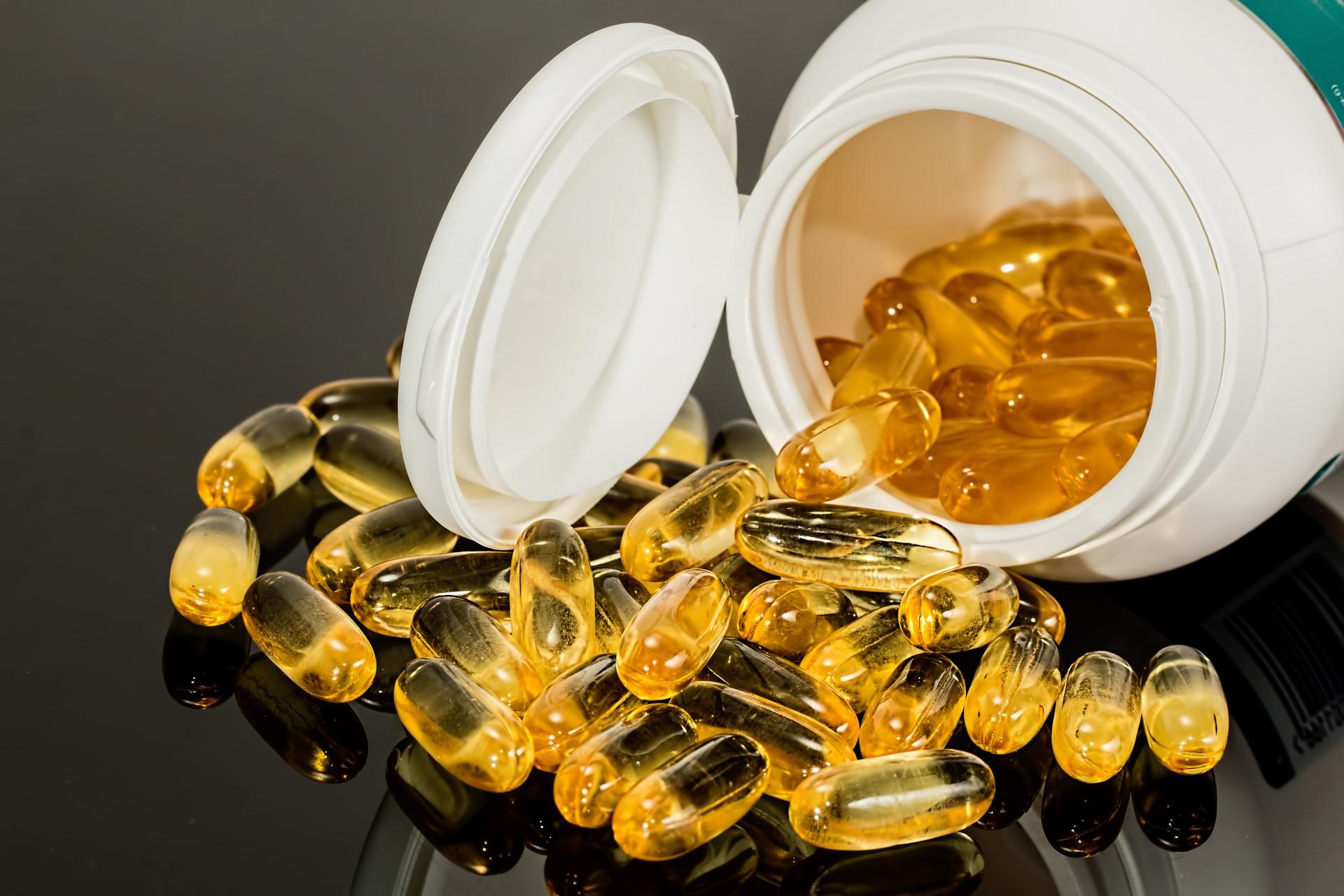 W aptece brakuje Twoich leków? Jak i gdzie ich szukać?