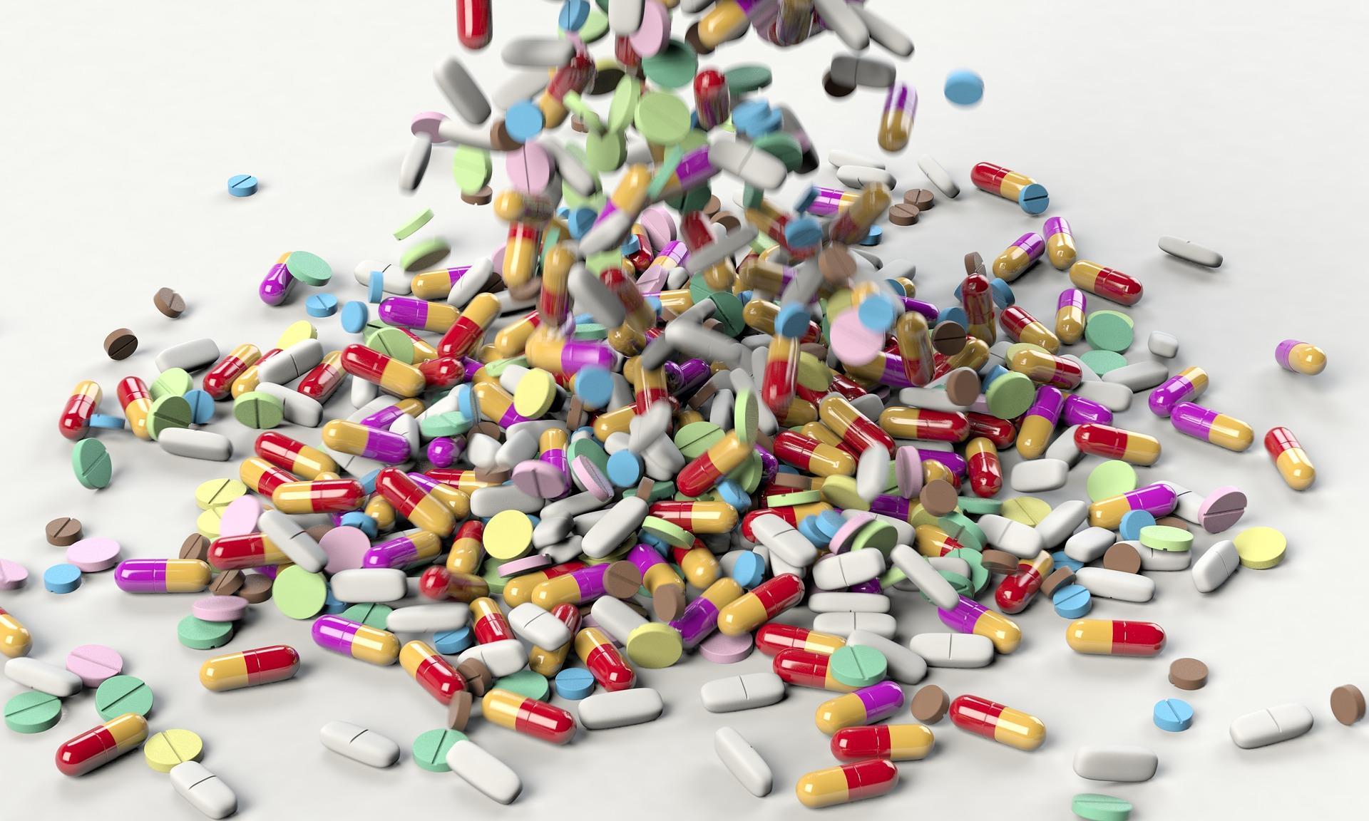 Przeterminowane produkty lecznicze. Co z nimi zrobić?