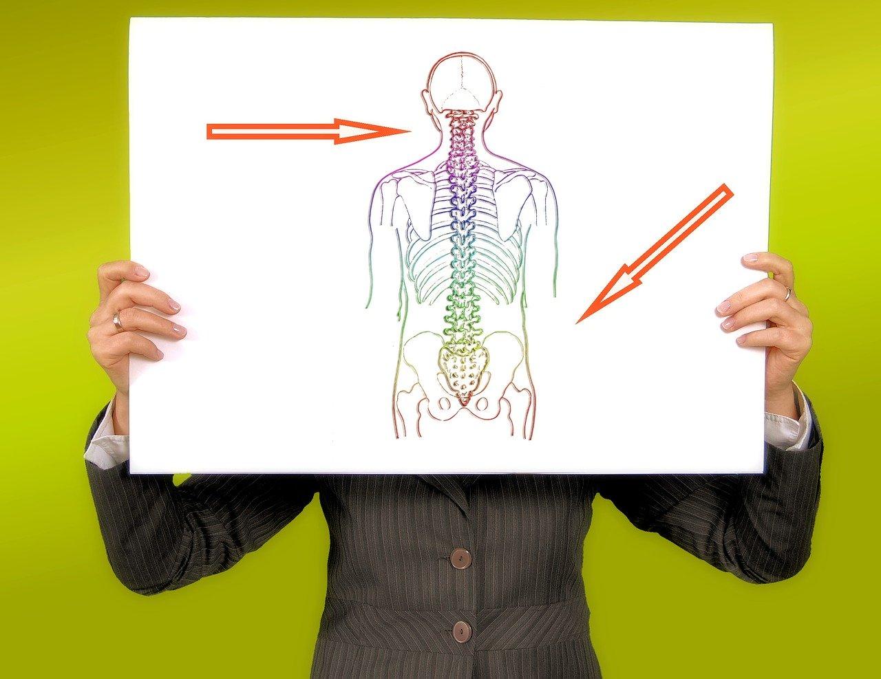 Silny ból kręgosłupa. O czym może świadczyć? – Case study