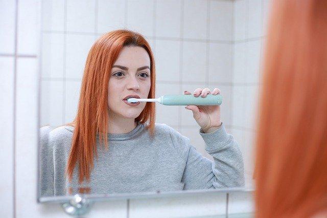 Jak dbać o zęby? Podstawy.